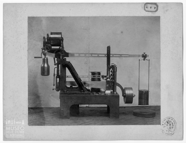 Macchinario per misurazioni di attrezzi di artiglieria