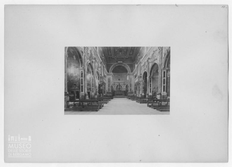 Interno della Basilica della Santissima Annunziata a Firenze