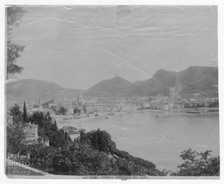Veduta di Como e del lago
