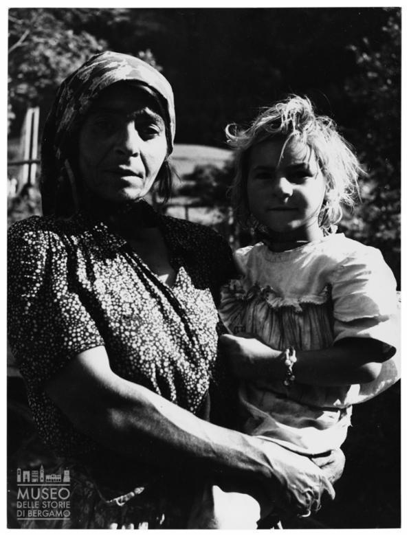 Ritratto di donna e bambina