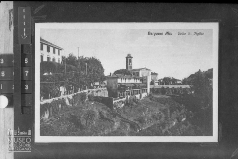Bergamo [14]