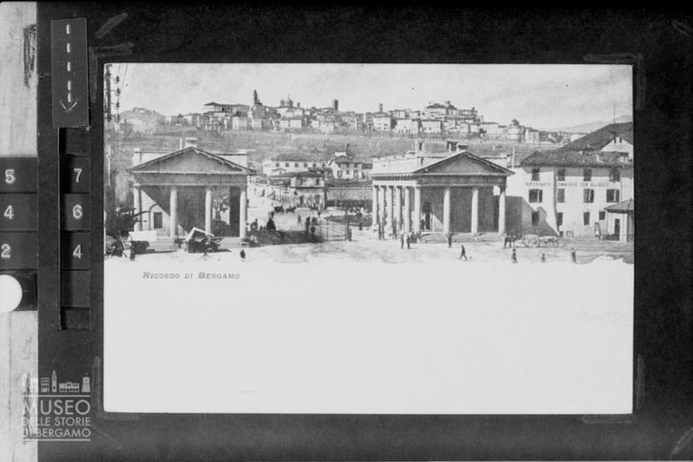 Bergamo [19]